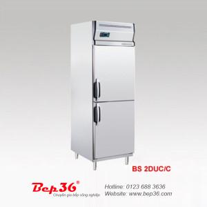 Cho mousse vào tủ đông công nghiệp giúp quá trình đông lạnh nhanh hơn
