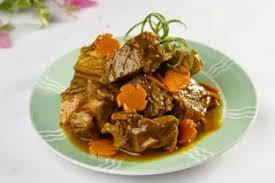 Thịt bò kho nước dừa