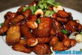 Thịt kho nấm