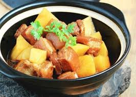 Thịt kho khoai tây